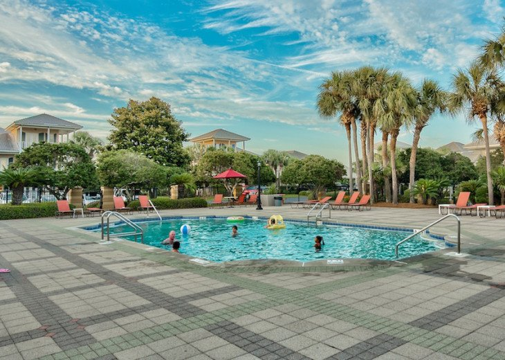 Main Pool seasonally heated