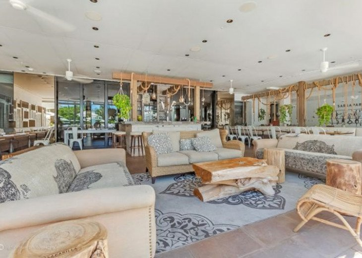 3 Room Art Deco Oceanfront Suite at Shelborne South Beach #22