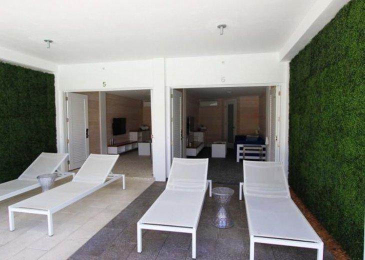 3 Room Art Deco Oceanfront Suite at Shelborne South Beach #14