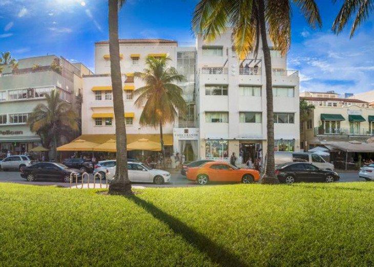 3 Room Art Deco Oceanfront Suite at Shelborne South Beach #33