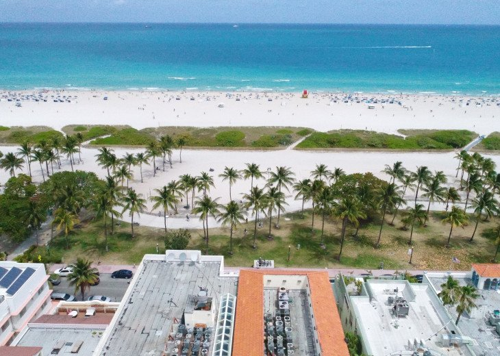 Casa Grande Oceanfront South Beach Resort Suites #7