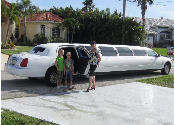 WE OFFER OUR GUEST FREE PICK UP AT THE FORT MYERS AIRPORT