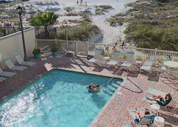 PERFECT Beachfront Condo-July 27 and Aug 10 wks left #5