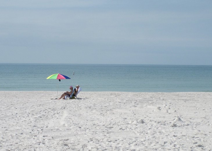 PERFECT Beachfront Condo-July 27 and Aug 10 wks left #24