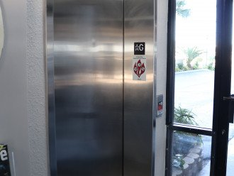 Elevator on pool and parking level. No stairs from parking to unit to pool/beac
