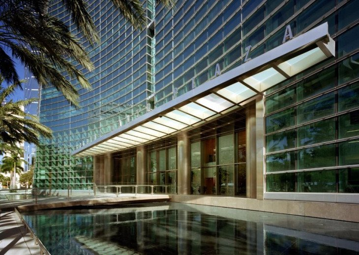 Miami luxury rental at Conrad Hilton Tower on Brickell #2