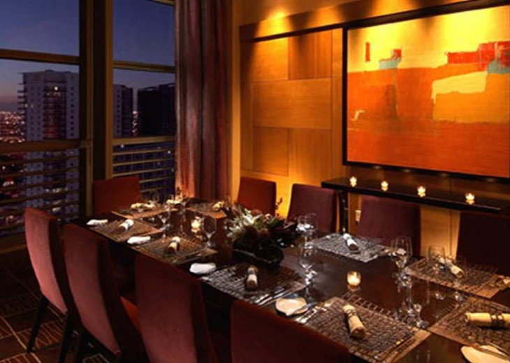 Miami luxury rental at Conrad Hilton Tower on Brickell #19