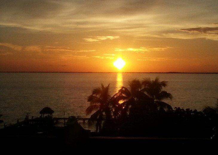 **Perfect Paradise - Gorgeous Waterfront *Million $ Views!** #12