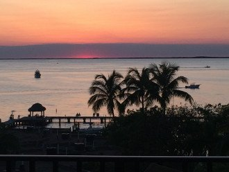 **Perfect Paradise - Gorgeous Waterfront *Million $ Views!** #1