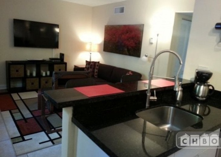 Coconut Grove Modern 2 Bedroom Apt #4