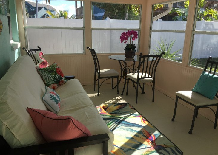 Indian Rocks Beach 2BR 1BA Beach Home #22
