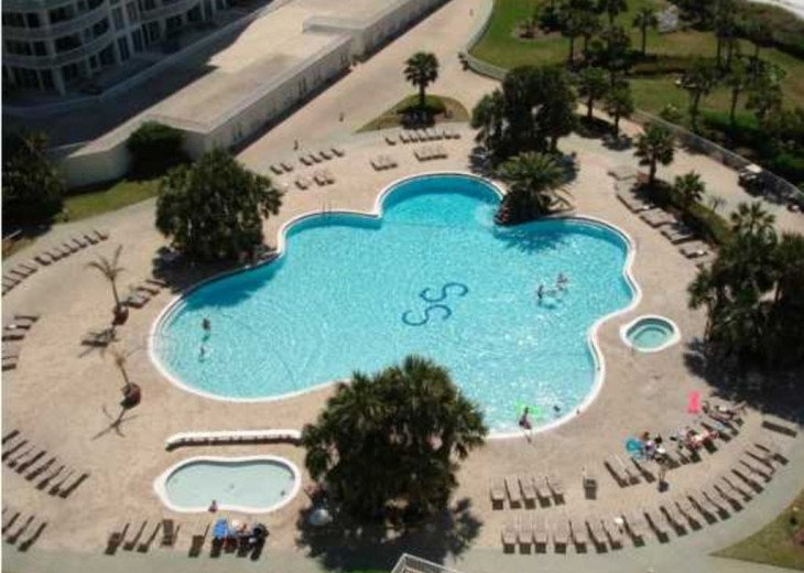 Silver Shells Pool, Children's Pool & Jaccuzzi