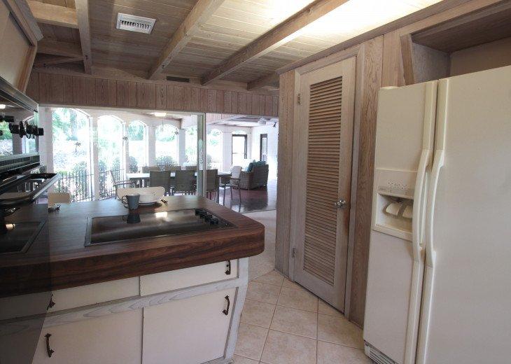 Updated 3 Bed/2 Bath House 5min walk to Siesta Key Beach, Heated Pool #12