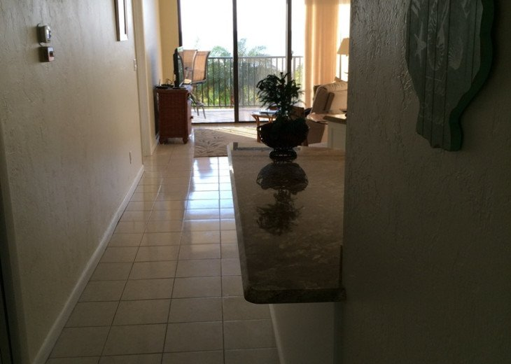 Paradise Beckons! Beautiful 2BR/2BA Beachfront Sea Winds condo #2