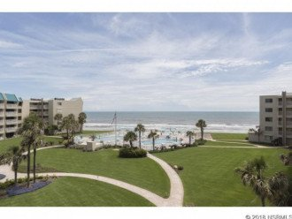 FANTASTIC VIEW. LOCATED DIRECTLY ON THE BEACH. NOVEMBER AVAILABLE #1