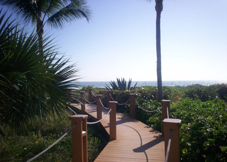 Oceanfront Condo at Sanddollar #B-202 - Panoramic View of Ocean - 3 Bedroom #25