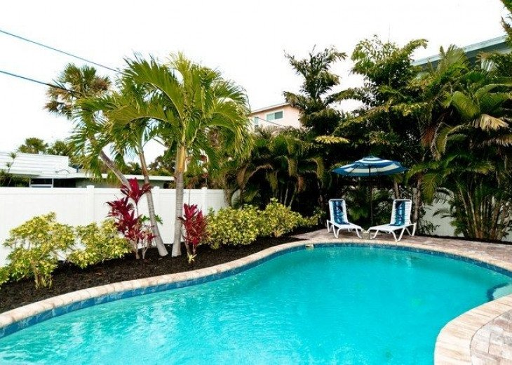 Gone Coastal: Beautiful Family & Pet-Friendly Home with a Heated Salt Water Pool #20