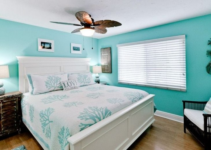 Gone Coastal: Beautiful Family & Pet-Friendly Home with a Heated Salt Water Pool #6