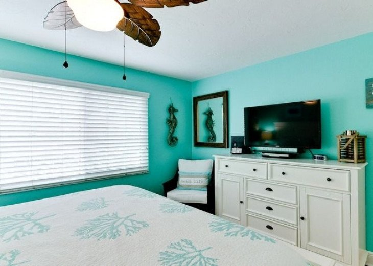 Gone Coastal: Beautiful Family & Pet-Friendly Home with a Heated Salt Water Pool #8