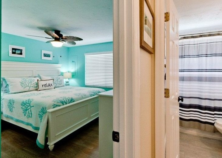 Gone Coastal: Beautiful Family & Pet-Friendly Home with a Heated Salt Water Pool #10