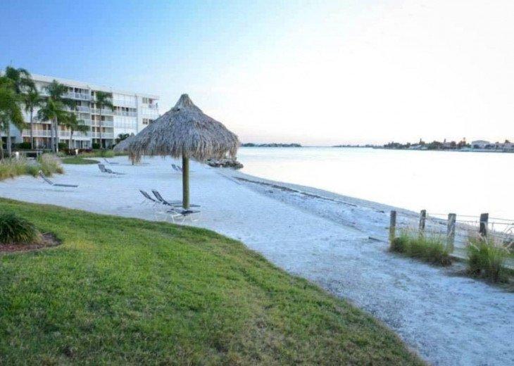 Bahia Vista 11 Modern Waterfront Condo Isla Del Sol #14