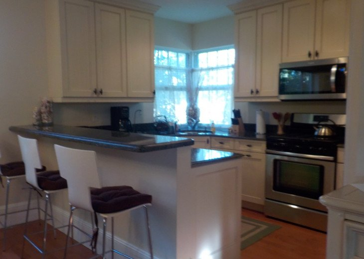 Downtown Delray Beach Abode walk to restaurants, beach and all entertainment #4