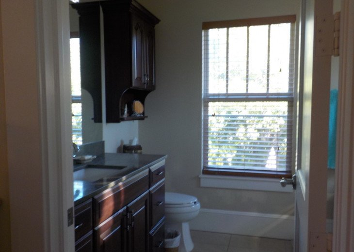 Downtown Delray Beach Abode walk to restaurants, beach and all entertainment #9