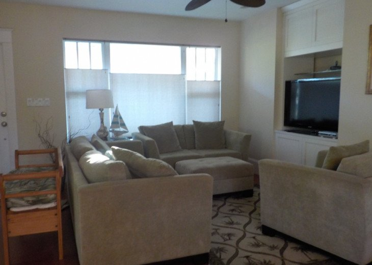 Downtown Delray Beach Abode walk to restaurants, beach and all entertainment #11
