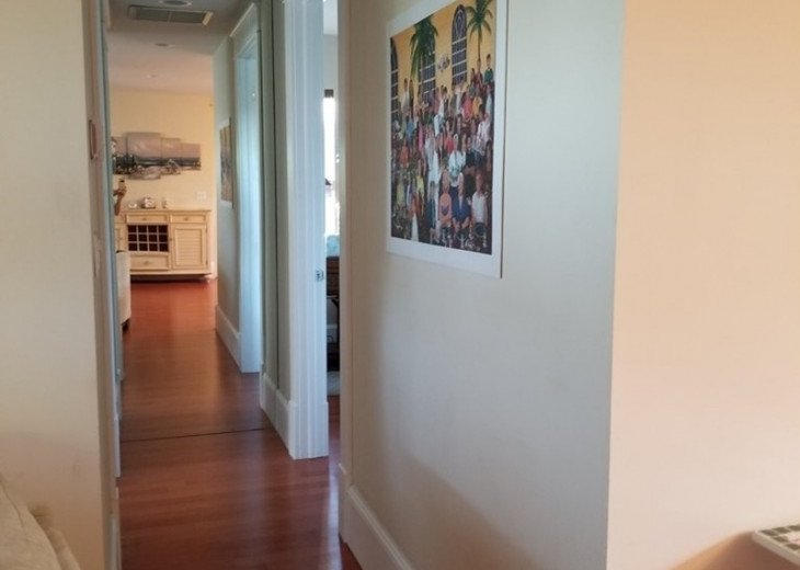 Downtown Delray Beach Abode walk to restaurants, beach and all entertainment #10