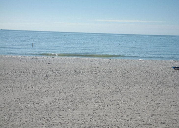 2 BDRM GULF FRONT BEACH CONDO #1107 #10