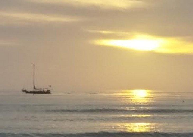 2 BDRM GULF FRONT BEACH CONDO #1107 #23