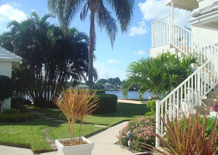Direct Waterfront,Walk to Beach& Atlantic Ave-Gated, Pool, Priv Balcony #23