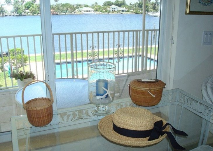 Direct Waterfront,Walk to Beach& Atlantic Ave-Gated, Pool, Priv Balcony #9