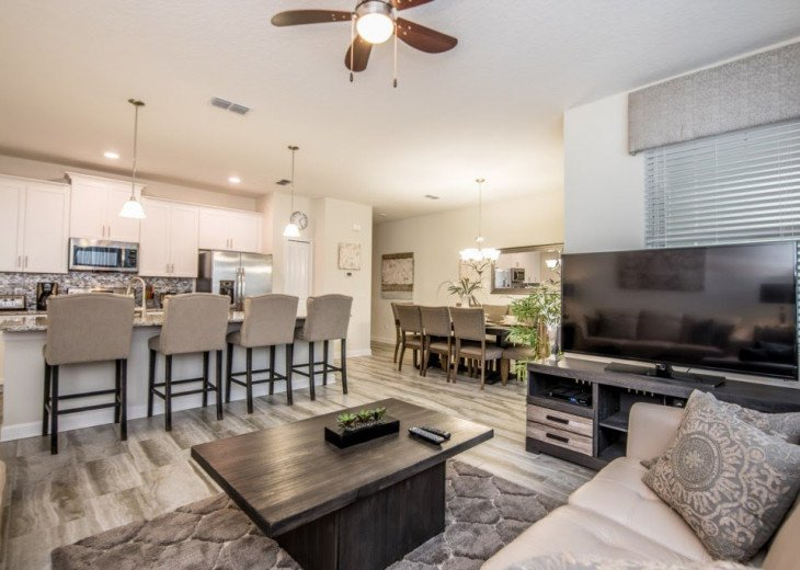 Affordable Luxury. 4 Bed 3 Bath Storey Lake Town Home. Very Private Pool. #9
