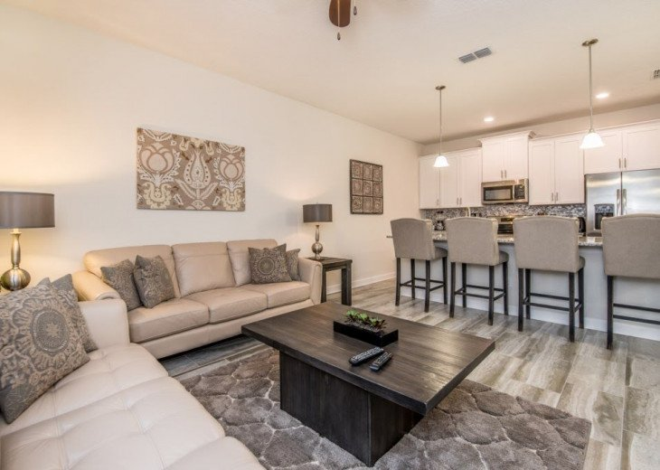 Affordable Luxury. 4 Bed 3 Bath Storey Lake Town Home. Very Private Pool. #10