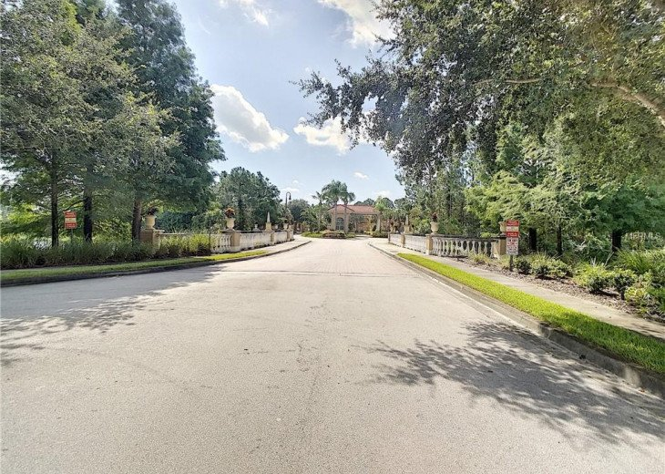 Luxurious 6 Bedroom Resort Pool Home just 15 Minutes from Disney #22