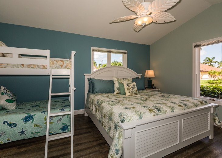 Southern Exposure- recently updated 4 bedroom home #12