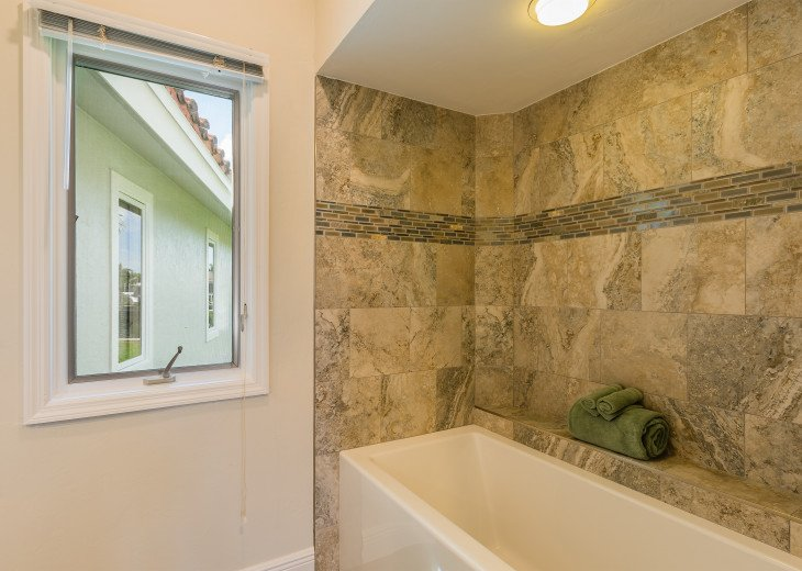 Southern Exposure- recently updated 4 bedroom home #9