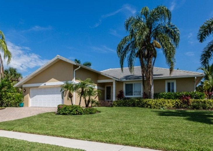 Beautifully remodeled coastal chic 3 bedroom 2 bath home with enclosed Florida R #2