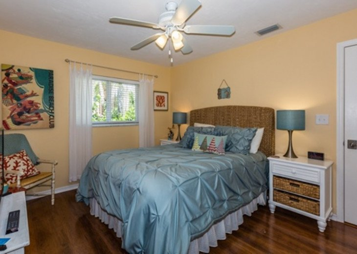Beautifully remodeled coastal chic 3 bedroom 2 bath home with enclosed Florida R #10