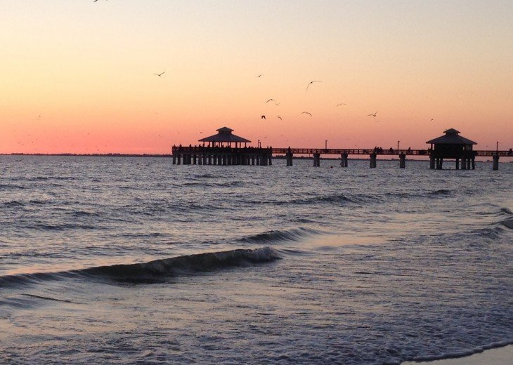 ft myers beach pier