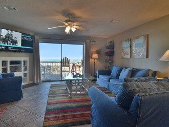 Beach Front Living Area has Cable TV/DVD and Queen Sofa Bed
