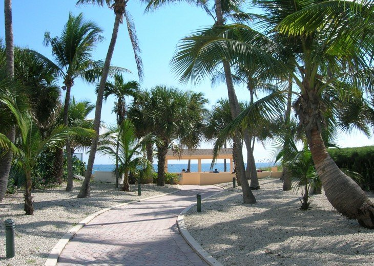 WOW! On Private Island with Private Beach access in LBTS! #16
