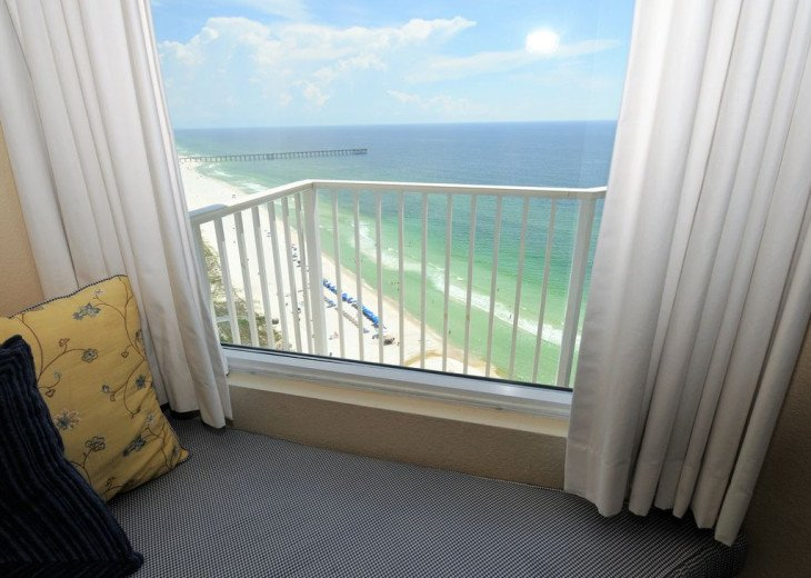 Emerald Coast Beach Vacations Offers You The Best Beach Properties on The Beach! #16