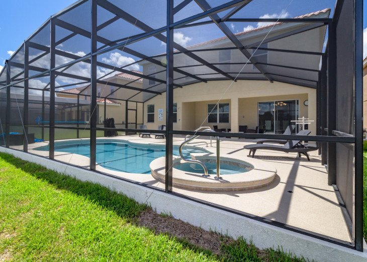 This home is the perfect getaway for your Orlando Disney vacation. Sleeps 14 #41