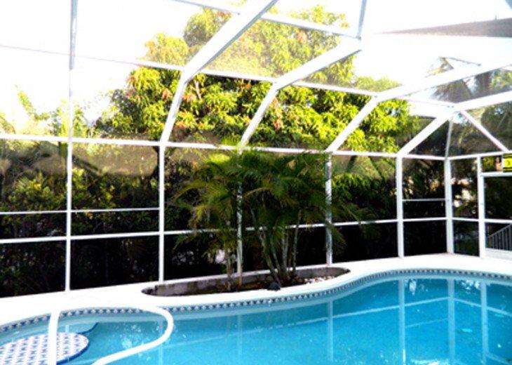 5 Min Walk to South Beach, Restaurants, Shops, Mini-Putt...Wonderfully Located! #3