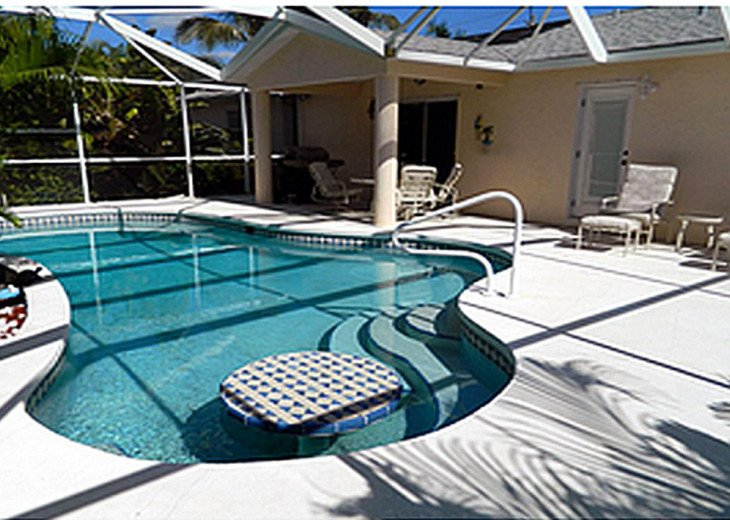 5 Min Walk to South Beach, Restaurants, Shops, Mini-Putt...Wonderfully Located! #2