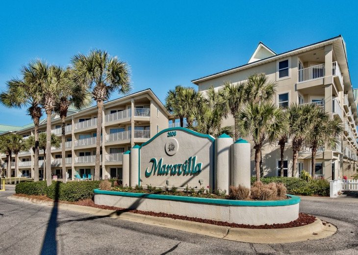 Beautiful beach Condo in building 3! Pets are welcome! Start your vacation here. #3