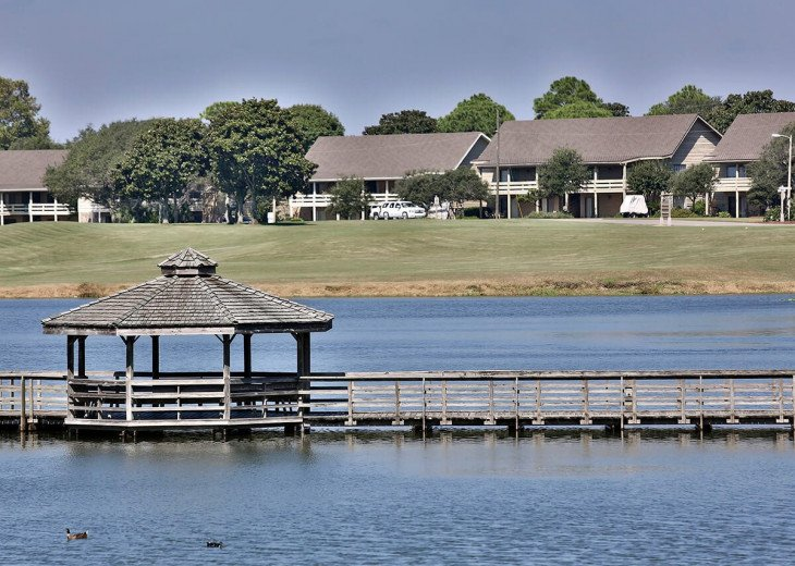 Newly Renovated 3BR/3BA condo on 2nd floor, sleep 10 with an amazing gulf view. #61