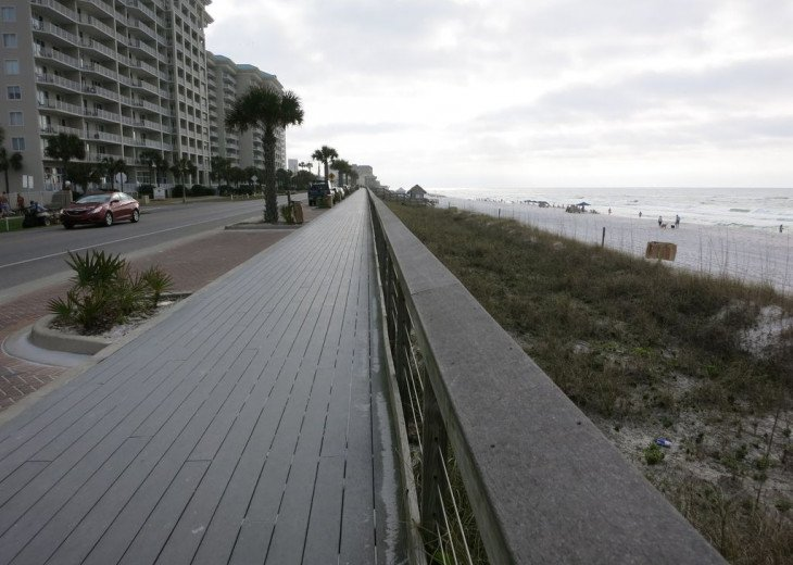 Newly Renovated 3BR/3BA condo on 2nd floor, sleep 10 with an amazing gulf view. #30